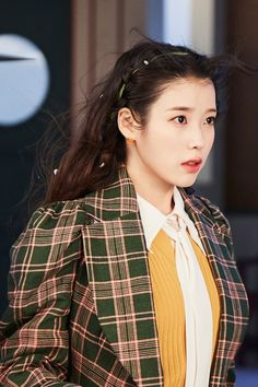 Korean Star, Korean Girl, Iu Twitter, Iu Fashion, Korean Entertainment, Girl Crushes, Korean Beauty, Pretty Woman, Korean Singer