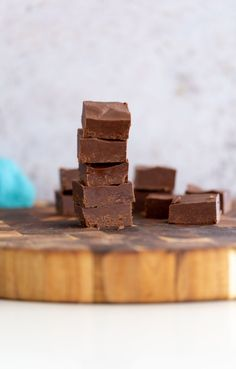 This easy vegan chocolate fudge recipe is made with just 3-ingredients. All you need to make it is chocolate, nut butter, and maple syrup. Gluten-free, refined sugar-free, nut-free option included #fudge #vegandessert #easyrecipes #refinedsugarfree #veganchocolatedessert Melting Chocolate Chips, Semi Sweet Chocolate Chips, Chocolate Fudge, Vegan Chocolate, Chocolate Desserts, Vegan Sweets, Vegan Desserts, Vegan Recipes, Vegan Food