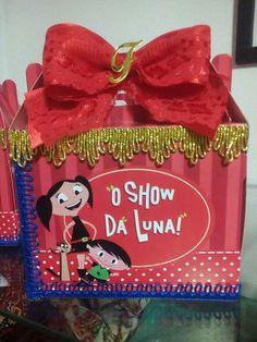 Sim festa  desse tema show da Luna por ser chic, eu fiz todas as peças, e amei o resultado.