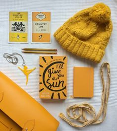 Happy SUNday! It's the third day of my monochrome week and it's time for my favorite color: YELLOW! I'll Give You the Sun has been on my TBR pile forever and I've heard only good things, can't wait to finally read it. In other news, you can now find me on Instagram!https://www.instagram.com/themorethatyouread/