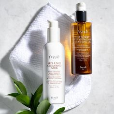 """924 Likes, 8 Comments - Fresh (@freshbeauty) on Instagram: """"#SundaySkincare: Two is better than one. Do a double cleanse."""""""
