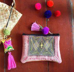 Purple tassel clutch from www.youaresuaisuai.com Now with Free WORLDWIDE shipping 💜