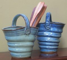 Pottery Art Project Ideas | Clay Art Project Ideas / Nice vase idea