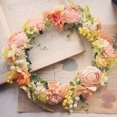 お揃いの花冠 クリップコサージュでパーツごとにお使いいただけます #花冠#ウェディング#ナチュラル#花嫁#ガーデン