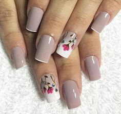 40 Wedding Nails If you're looking for the right wedding nail design to match your dress and makeup, you've come to the right place! Take a look at these stunning wedding nails! Pearl Nails, Gold Nails, Pink Nails, My Nails, Cute Nails, Pretty Nails, Wedding Nails Design, Spring Nail Art, French Tip Nails