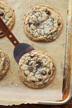 verticalfood: XL Browned Butter Chocolate Chip Cookies