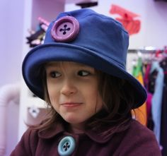 AKO Hut mit Kaschmir Blau/lila Bucket Hat, Hats, Fashion, Lilac, Pirate Woman, Cashmere, Moda, Hat, Fasion