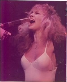 stevie Stevie Nicks Lindsey Buckingham, Stephanie Lynn, Rock Queen, Stevie Nicks Fleetwood Mac, Women Of Rock, Rare Pictures, Cultural, Beautiful Voice, My Idol