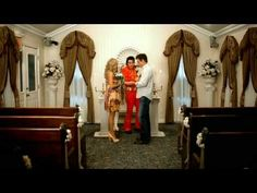 Music video by Carrie Underwood performing Last Name. (C) 2008 19 Recordings Limited