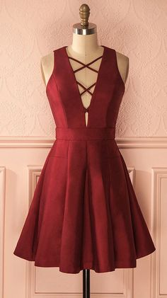 A-Line Homecoming Dresses,V-Neck Sleeveless Lace-Up Short Prom Dress,Short Burgundy Homecoming Gown,Satin Homecoming Dress,Simple Party Gown