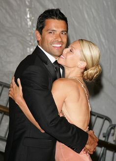 Kelly Ripa & Mark Conseulos