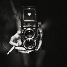 Je Ne Sais Quoi #black #white #photography #camera #cigarette
