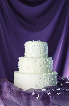 21 Wedding Cakes That Look So Delicious (NO Fondant!) You Might Try to Eat Your…