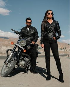Trending now are these pre wedding shoots on a bullet bike with matching leather jackets and looking dapper for amazing clicks! (C) Sunny Dhiman Photography #wittyvows #indianwedding #preweddingshoot #indianweddingphotography #weddingideas #preweddingoutfits #leatherjacketoutfit #preweddingphotoshoot Pre Wedding Shoot Ideas, Pre Wedding Photoshoot, Monument In India, Picnic Pictures, Leather Jacket Outfits, Leather Jackets, Flowy Gown, Colors And Emotions, Indian Look