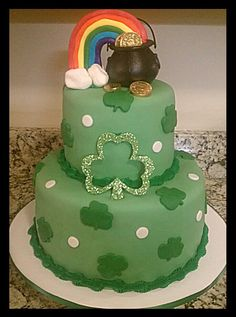 St. Patrick's Day cake Sweets Cake, Cupcake Cakes, Cupcakes, Irish Cake, St Patricks Day Cakes, Diva Cakes, St Patrick's Day Cookies, Create A Cake, Different Cakes