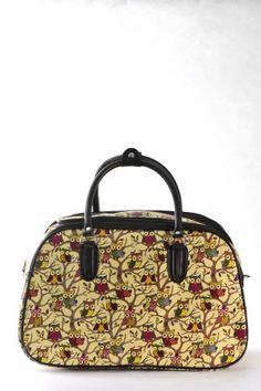 Τσάντα χειρός και ώμου  κίτρινο ανοιχτό χρώμα – σχέδιο κουκουβάγιες σε μικρό, μεσαίο και μεγάλο μέγεθος.  Ταξιδιού και επαγγελματικής χρήσης (για κομμώτριες, αισθητικούς κλπ) Fashion, Moda, Fashion Styles, Fashion Illustrations