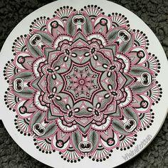 Mandala colour pink black