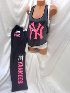 "victoria secrets pink NY YANKEES TANK TOP & SWEATPANTS NWT! SEQUINS L/M ""LIMITED #VictoriasSecret #SWEATPANTS"