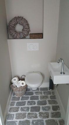 www rawstones nl smalltoiletrenovation www rawston Home, Small Toilet Room, Room Interior, Small Toilet, Small Bathroom Decor, Wc Design, Toilet, Bathrooms Remodel, Bathroom Decor