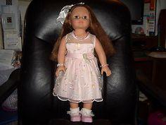 18-Madame-Alexander-Doll-Brown-hair-brown-eyes-2004-Battat-shoes