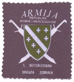 The 5th Motorized Brigade of the Bosnian Army was formed in 1992 during the Bosnian Civil War (1992-1995) and became well-known for their defense of the cut-off city of Dobrinja for about 72 days. Their patch features two crossed scimitars behind the Bosnian Coat of Arms. Curved Swords, Mounted Archery, Ottoman Turks, Types Of Swords, Dutch Language, Horsemen Of The Apocalypse, Catholic University, Sword Design, National Flag
