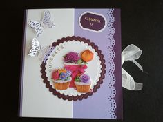 Happy Birthday bookcard for my cousin Chantal for her 17th birthday. She loves to bake cupcakes.