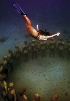 underwater sculpture park, Grenada  Maco Magazine - Toute Bagai Publishing