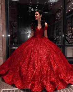 Cute Prom Dresses, Red Wedding Dresses, Dama Dresses, 15 Dresses, Pretty Dresses, Beautiful Dresses, Evening Dresses, Red Sweet 16 Dresses, Quince Dresses Mexican