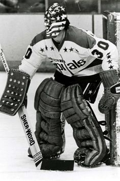 Bernie Wolfe Goalie Mask, Washington Capitals, Hockey Teams, Nhl, Samurai, Motorcycle Jacket, Classic, Moto Jacket, Classical Music