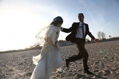 越境の花嫁Io sto con la sposa(2014年/イタリア、パレスチナ/カラー/89分) 監督:アントニオ・アウグリアーロ、ガブリエーレ・デル・グランデ、カレド・ソリマン・アル・ナッシリー 福祉の国スウェーデンを目指す難民たちの姿を追ったドキュメンタリー。