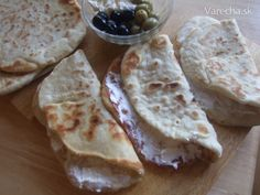 Chlebová placka s čerstvým syrom (fotorecept)