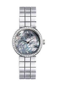 12 Must Have Watches - Best Designer Watches - Elle #EZONEFASHION