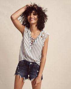 stripe lace sleeve lace-up blouse
