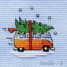 Good Totally Free Cross Stitch tree Tips Joulukuusi autonkatolla: Mouseloft Mini Cross Stitch Kit VW Camper Van Collecting Tree, Christmas Xmas Cross Stitch, Counted Cross Stitch Kits, Cross Stitching, Cross Stitch Embroidery, Embroidery Patterns, Christmas Cross Stitch Cards, Christmas Cross Stitch Patterns, Hand Embroidery, Needlepoint Patterns