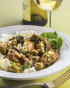 Updating the classic 'Silver Palate' dish chicken Marbella  Chicken Marbella anchored dinner parties of the '80s. Pull on shoulder pads, dig in; feel all David Byrne.  http://www.chicagotribune.com/lifestyles/food/sc-food-0130-eskin-marbella-20150126-story.html