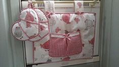 Sewing Projects, Projects To Try, Pot Holders, Diaper Bag, Diy And Crafts, Sewing Patterns, Quilts, Cover, Ideas