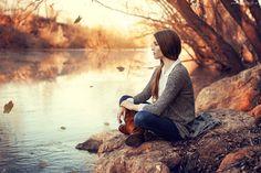 Jesień, Kobieta, Kamienie, Rzeka