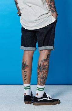 Tomboy Fashion, Mens Fashion, Fashion Outfits, Estilo Vans, Short Outfits, Summer Outfits, Mens Body Tattoos, Skate Wear, Rocker Style