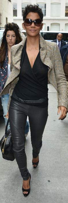 Halle Berry, smart, beautiful, stylish and sexy! $24.99 rayban sunglasses http://www.okglassesvips.com