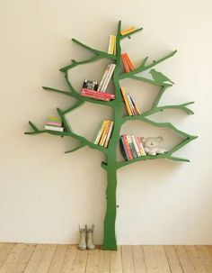 book shelf tree...cute for a child's room.
