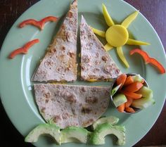 Sailboat Tortilla Sandwich or Quesadilla Quesadillas, Cute Food, Good Food, Yummy Food, Toddler Meals, Kids Meals, Tapas, Creative Snacks, Creative Kids