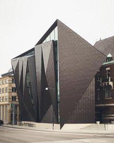 World Maritime University, Malmö | Terroir + Kim Utzon Arkitekter | Photo : Kim Høltermand