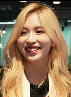 Kpop Girl Groups, Kpop Girls, Twice Group, Twice Fanart, Myoui Mina, Good Smile, Nayeon, Cute Girls, Idol