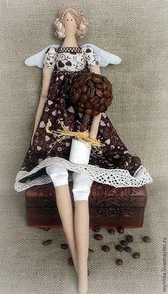 Куклы Тильды ручной работы. Ярмарка Мастеров - ручная работа Хозяйка Кофейного дерева. Handmade. by Becky Carlisle