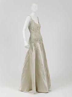 1938 Chanel Evening dress Metropolitan Museum of Art, NY