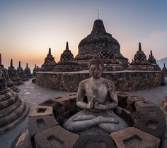 Yogyakarta Indonesia package - Join our 4 Days 3 Nights The Wonders of Yogyakarta Package. Visit wonderful attractions such as, Borobudur Temple. Temple Ruins, Buddhist Temple, Buddhist Art, Borobudur Temple, Temple Of Heaven, Les Continents, Ancient Mysteries, Places Around The World, Nepal