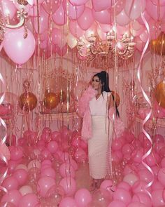 21st Birthday Themes, 30th Birthday Ideas For Women, 21st Bday Ideas, 21st Birthday Decorations, Birthday Goals, 18th Birthday Party, Birthday Woman, Birthday Balloons, Birthday Surprise Ideas
