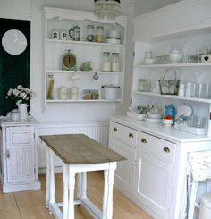 cottage kitchen with open shelving