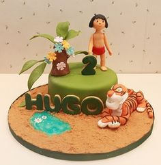 12 awesome The Jungle Book cakes Fondant Cakes, Cupcake Cakes, Delicious Cake Recipes, Yummy Cakes, 4th Birthday Cakes, Jungle Cake, Book Cakes, Character Cakes, Disney Cakes