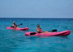 kayaking in salt cay with salt cay divers
